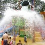 Fun play area for children at Jurong Bird Park. Kids enjoy getting wet.