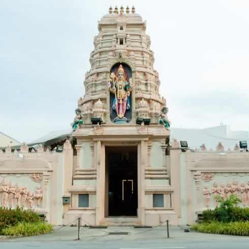 Entrance of Sri Vairavimada Kaliamman Temple has a nice Gopuram