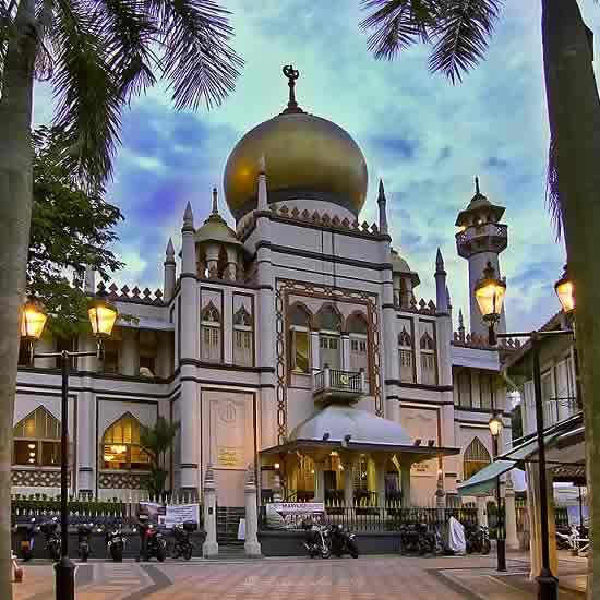 Famous Masjid Sultan is Singapore's Oldest Muslim Mosque