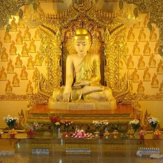 Singapore S Burmese Buddhist Temple Has A Famous Buddha