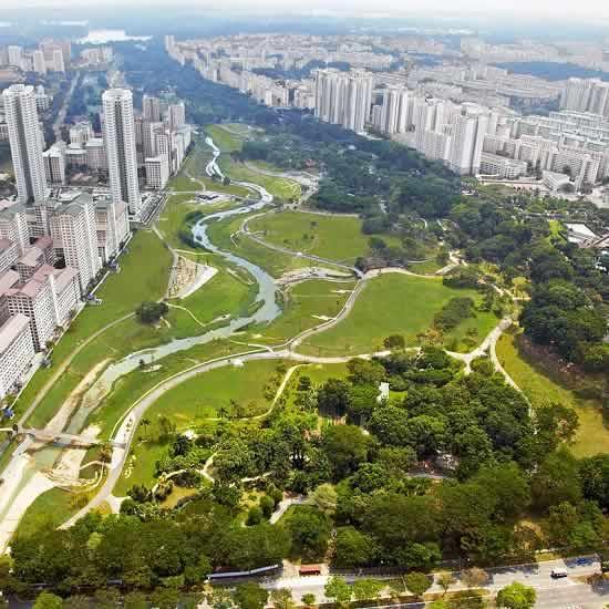 Kallang River  Flows Through Singapore's Bishan Park